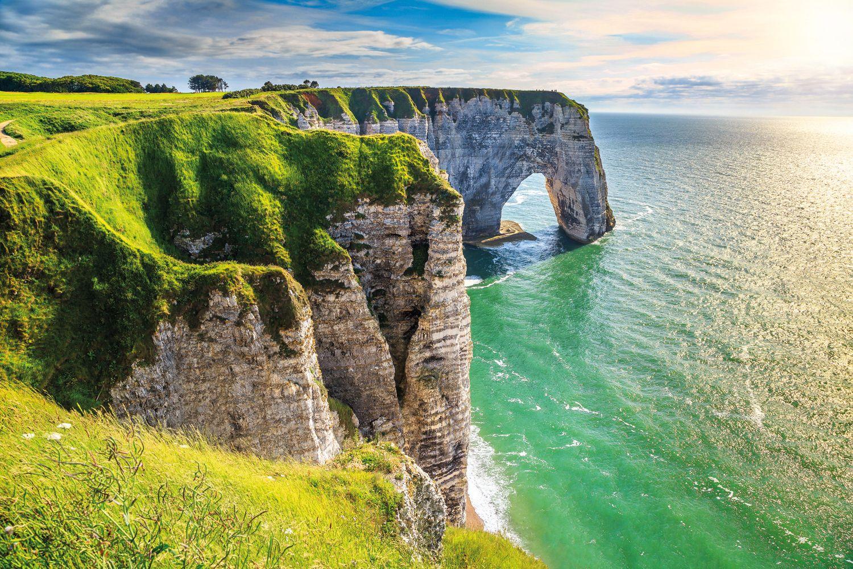 Etretat Felsen Normandie klein iStock637817530 01