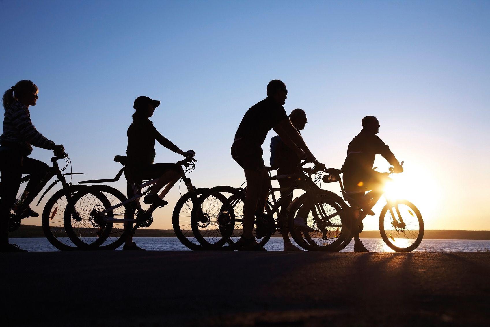 Radfahrer iStock 15024134 MEDIUM